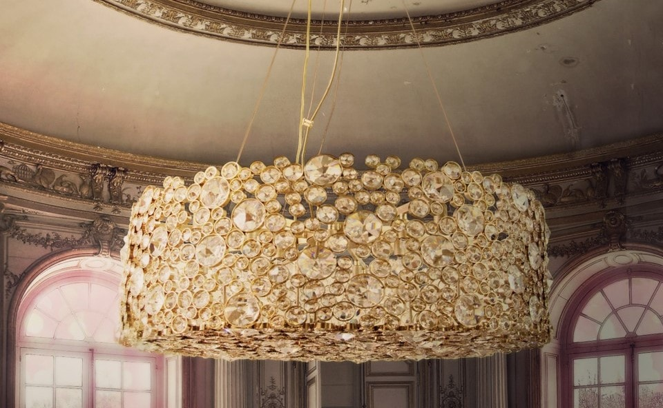 A beautiful master piece is the Eternity I chandelier by Koket