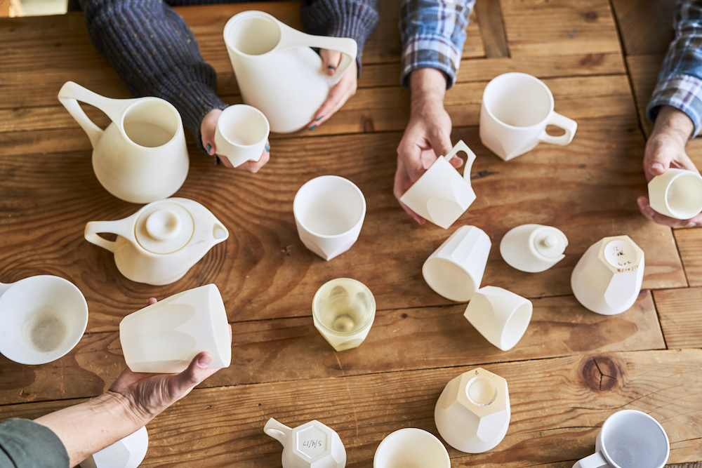 specialty coffee cups, collaboration tables