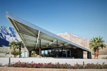 "Tramway Gas Station, from ""Mid-Century Modern Architecture Travel Guide: West Coast USA"" by Sam Lubell. Photo: Darren Bradley, courtesy of Phaidon"