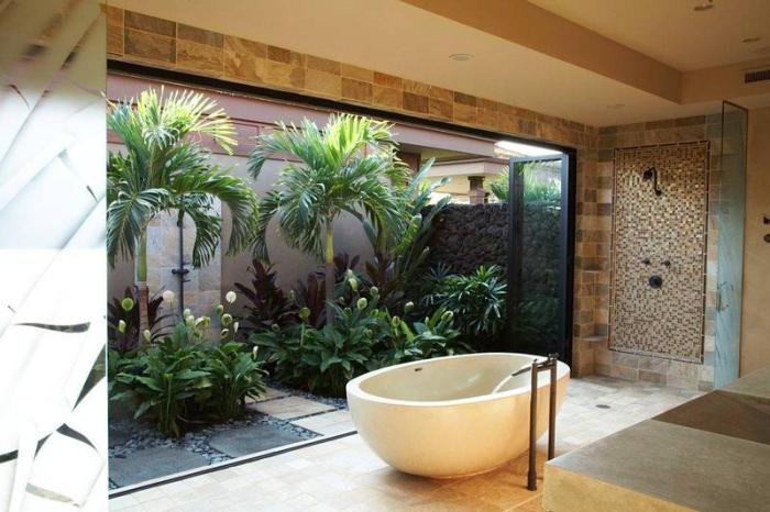 Tropical Bathroom with Access to the Courtyard