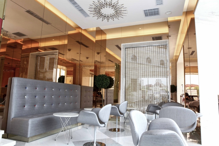 Jaff Jewellery at Harbin, China designed by Design Overlay