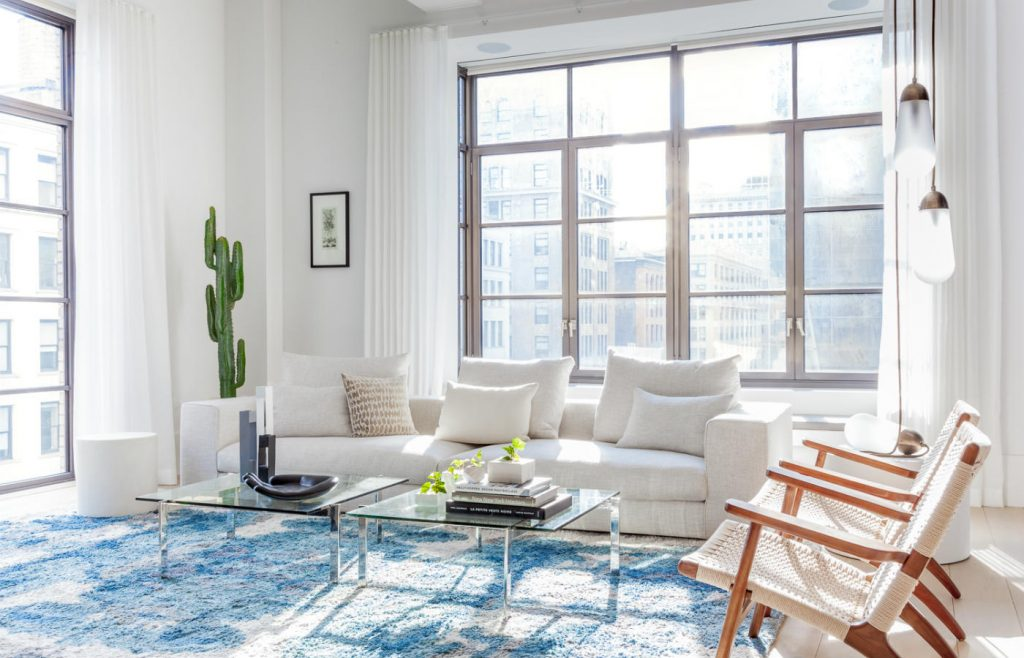 Neutral colours combined with blue in this NYC apartment
